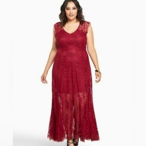 Torrid Size 26 Burgundy Scallop Lace Maxi Dress